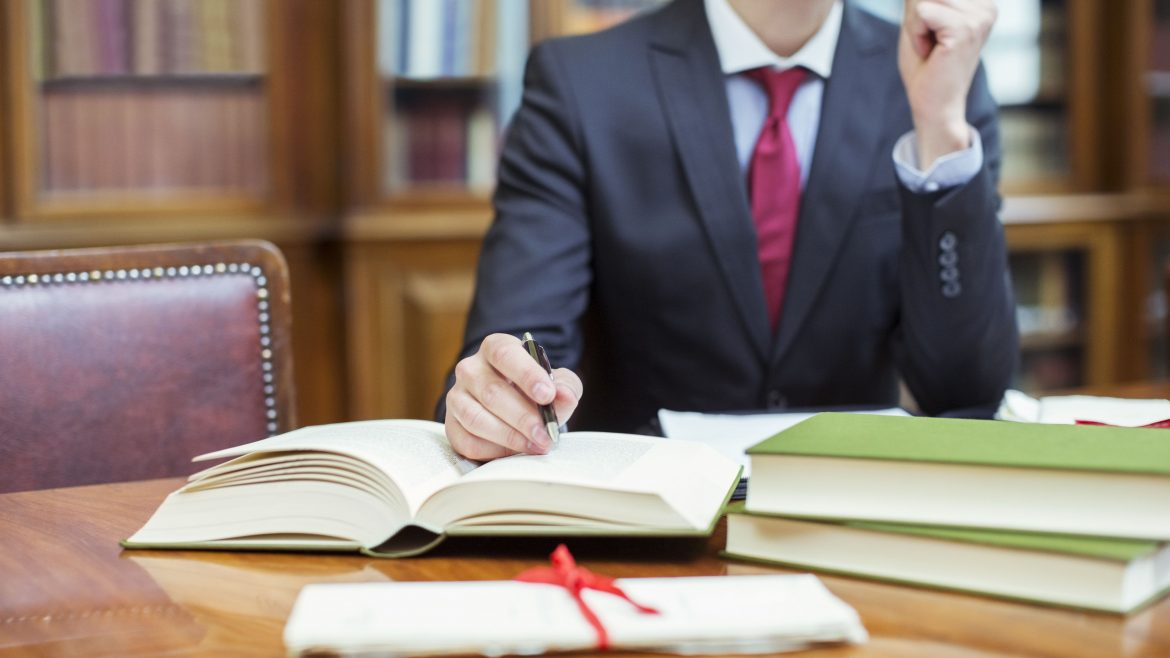 Tips to Help You Find the Best Injury Lawyer For Your Case
